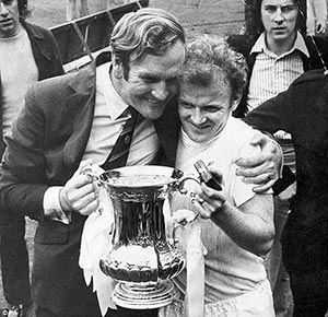 Don Revie and his captain Billy Bremner, after Leeds won the FA Cup